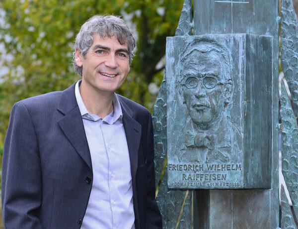 Grußwort Bürgermeister Dietmar Henrich